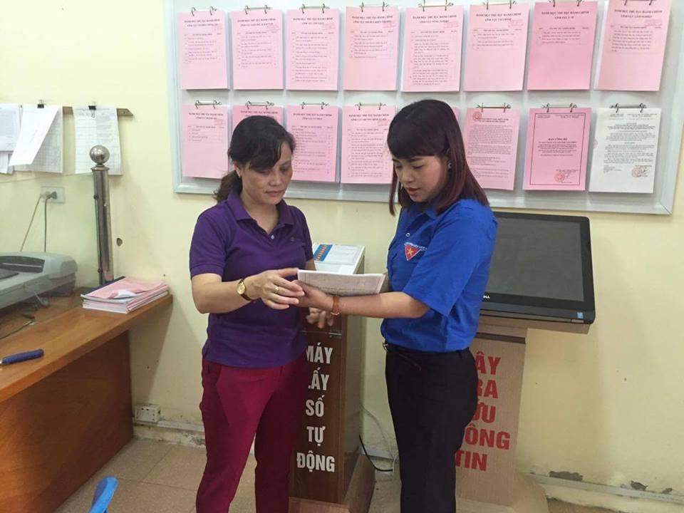 Ngày thứ bảy tình nguyện tham gia giải quyết thủ tục hành chính  cho nhân dân năm 2016