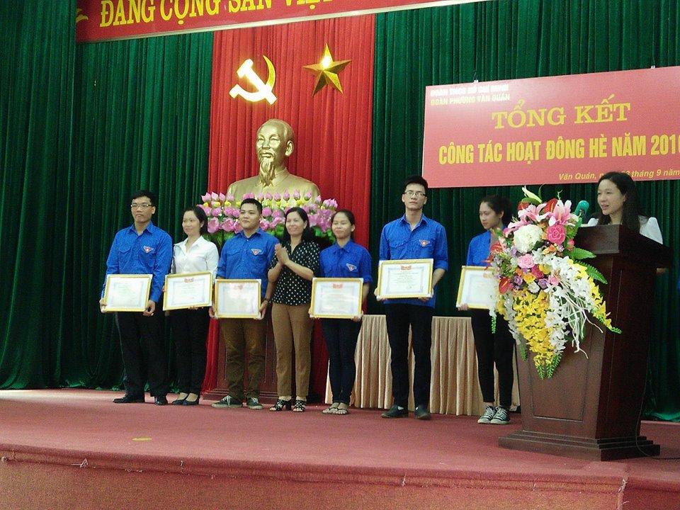 Đoàn thanh niên phường Văn Quán tổng kết công tác Đoàn và phong trào thanh thiếu niên hè 2016