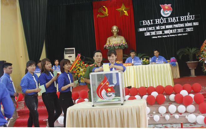 Đồng chí Nguyễn Văn Hoàn tái cử chức danh Bí thư Đoàn phường Đồng Mai