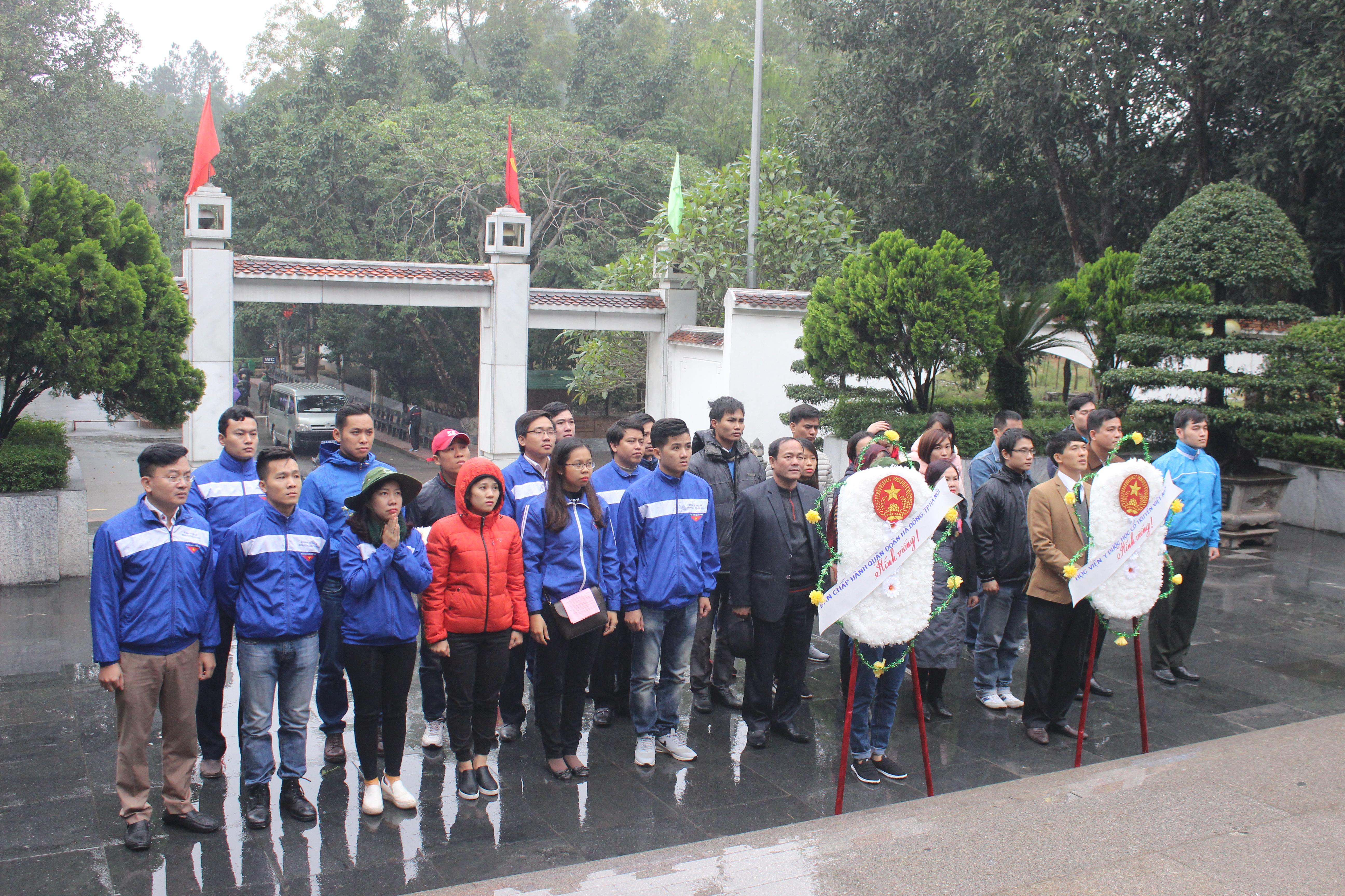 Quận đoàn Hà Đông tổ chức hành trình về nguồn tại Hà Tĩnh